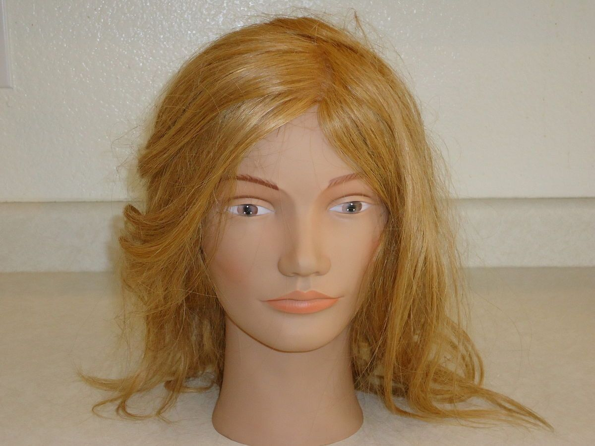 Cosmetology Mannequin Head Pretty Blond Bridgette Marie LOOK